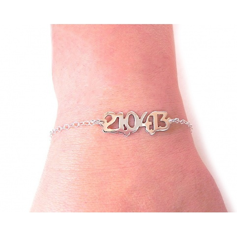 Silver bracelet with your date with sterling silver chain