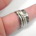 Spinner ring with monograms