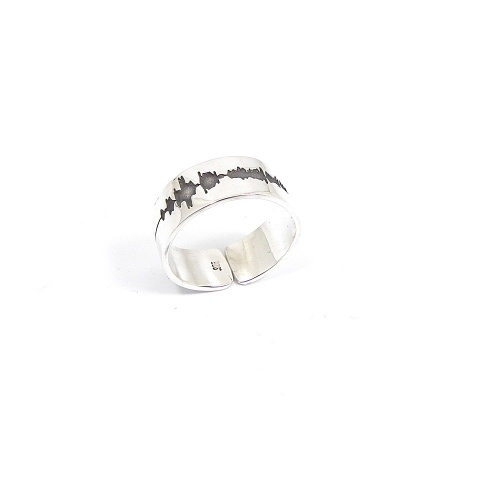Personal soundwave ring 5mm, personalized waveform ring, sterling silver