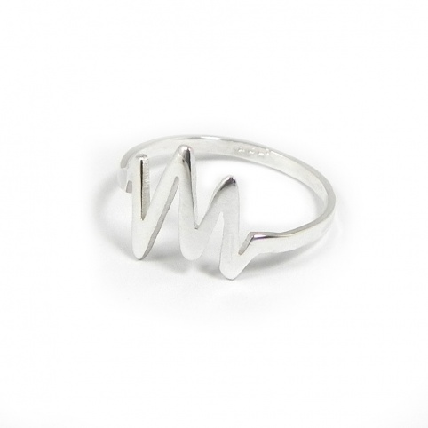 Silver ring engraved with your personal heartbeat