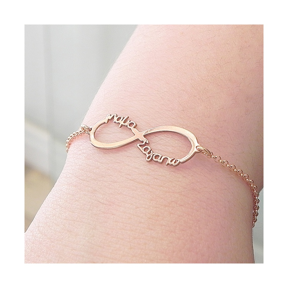 "Infinity bracelet with the words ""Νονά σαγαπω"""