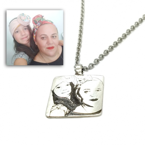 Necklace with engraved photo