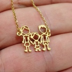 Necklace with your family figures on platinum or gold plated silver
