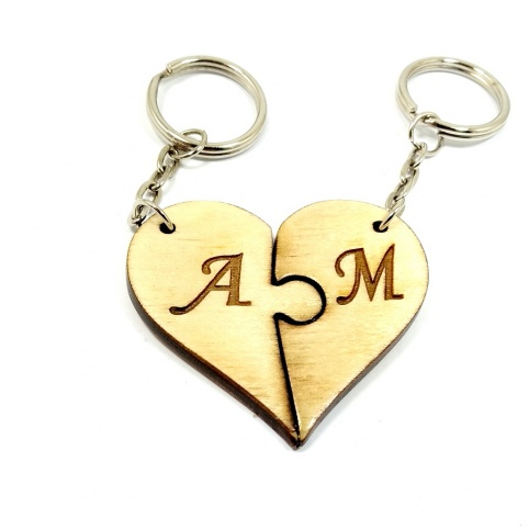 Double wooden puzzle keychain with engrave of your favorite date and monograms